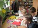 Uczniowie klasy 1a i 1b w bibliotece _1